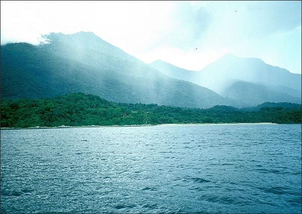 http://www.tzonline.org/gallery/lake_tanganyika.jpg